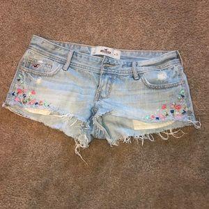 Hollister Jean shorts !